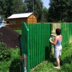 Окраска и защита деревянных ограждений